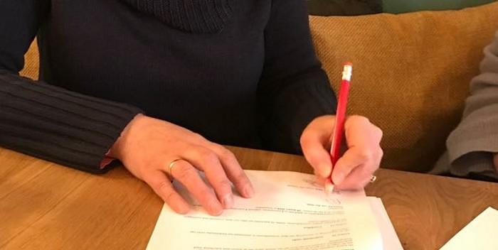 Ondertekenen van contract met Orlando